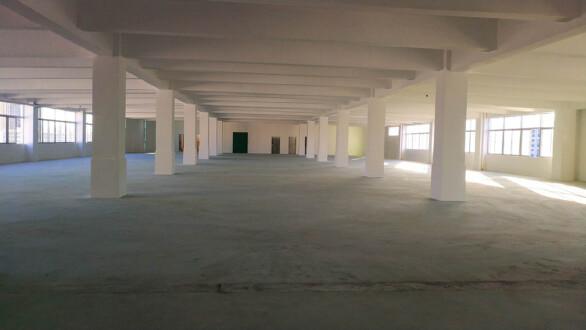 坪山大工业区楼上仓库厂房4200平方15元可分租可生产