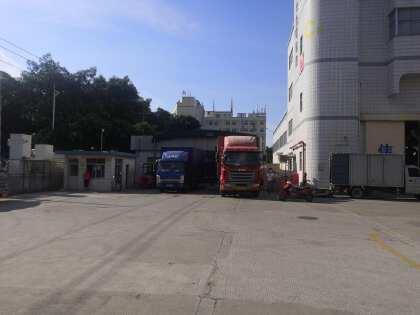 福永塘尾地铁站附近宝安大道边物流园单一层钢结构900平仓库