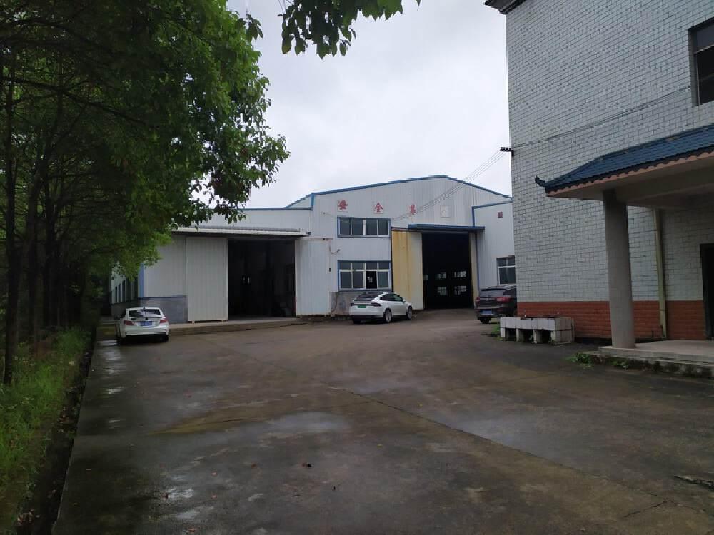标准独门独院钢结构厂房4000平方,
