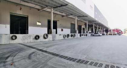 龙华大型物流园新出一楼15000平米,带卸货平台层高10米