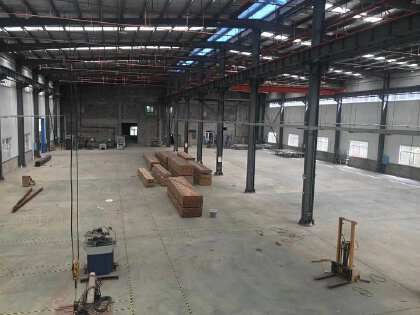 芙蓉北路5000平米钢结构厂房出租