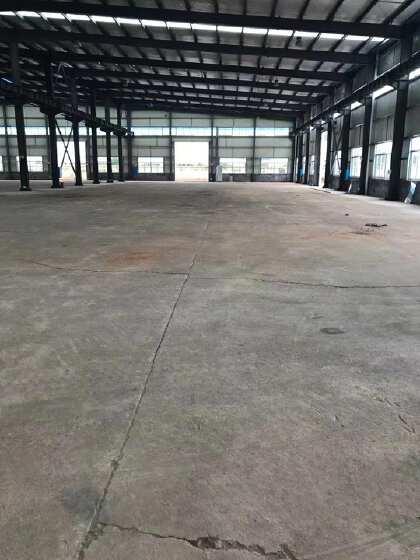 永安工业园出租2050平米厂房,带行车,双门,可做油漆行业。
