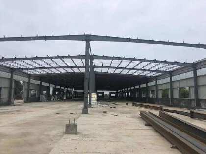浏阳市社港镇4000钢结构平方厂房,可做油漆出租。