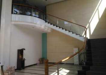 江门鹤山龙口镇原房东独门独院6700平米国有证标准厂房出售图片1
