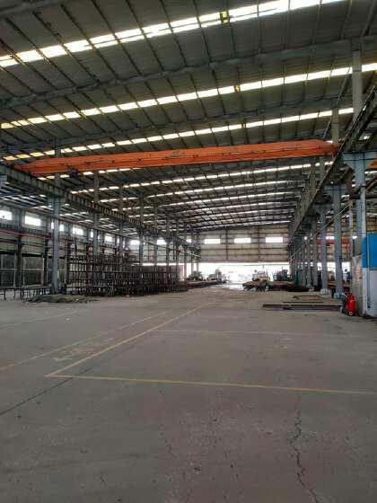 广东省肇庆市高要区白土镇重工业带有航车滴水11米厂房