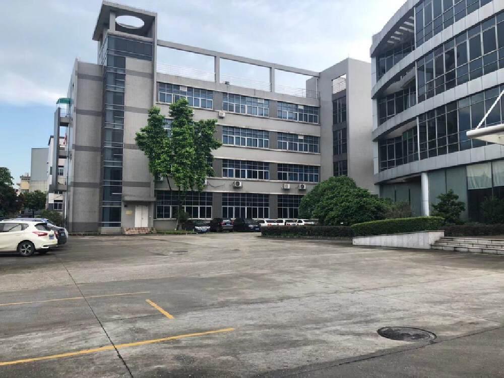 广州荔湾有双证厂房出租,占地32亩,建筑17000平