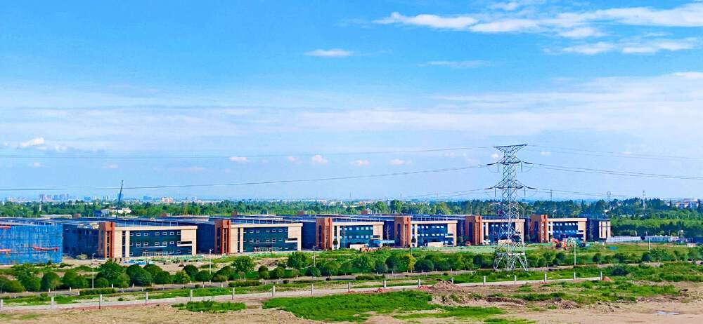德阳市什邡经开区北区单层钢结构厂房出售-图2
