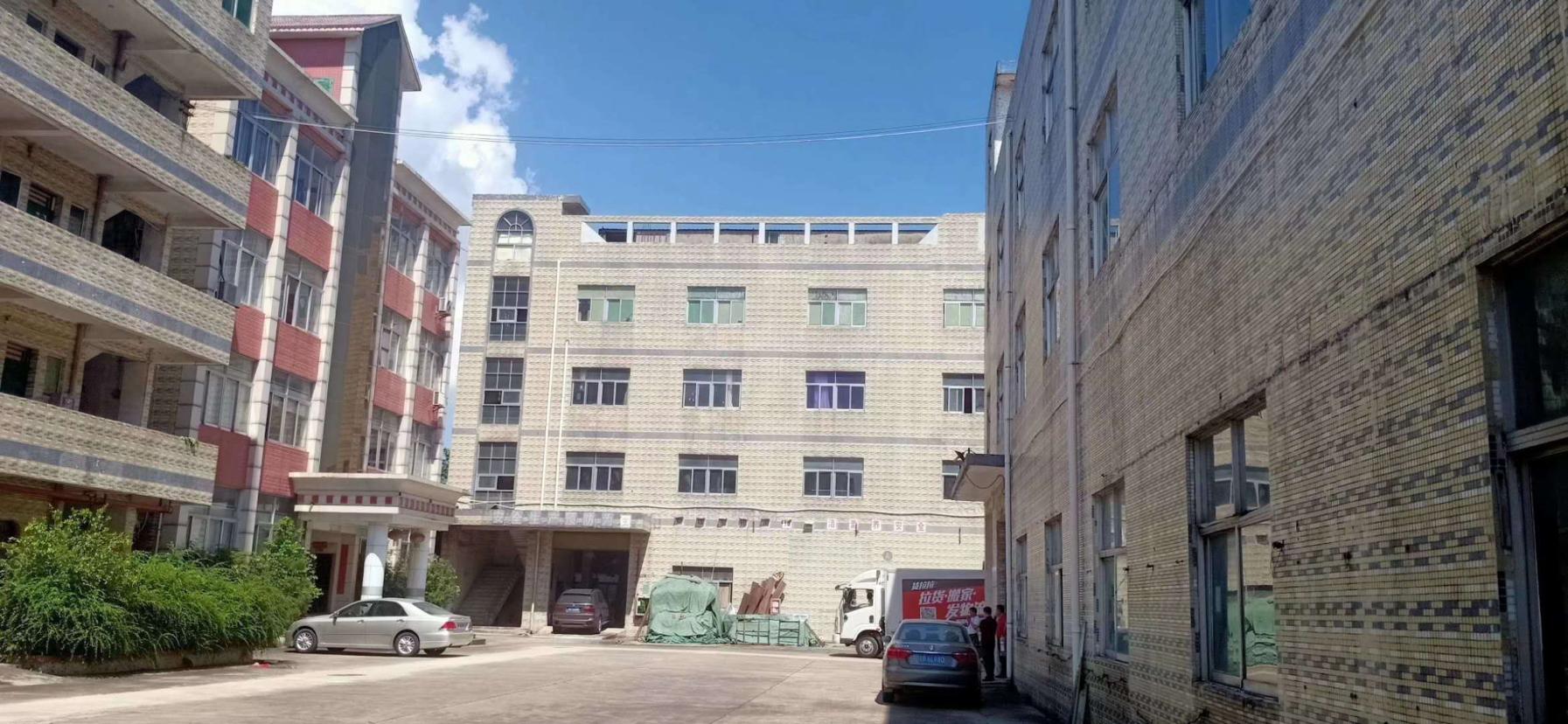 龙岗坪地楼上11平高5米原房東独院红本厂房仓库出租精装修