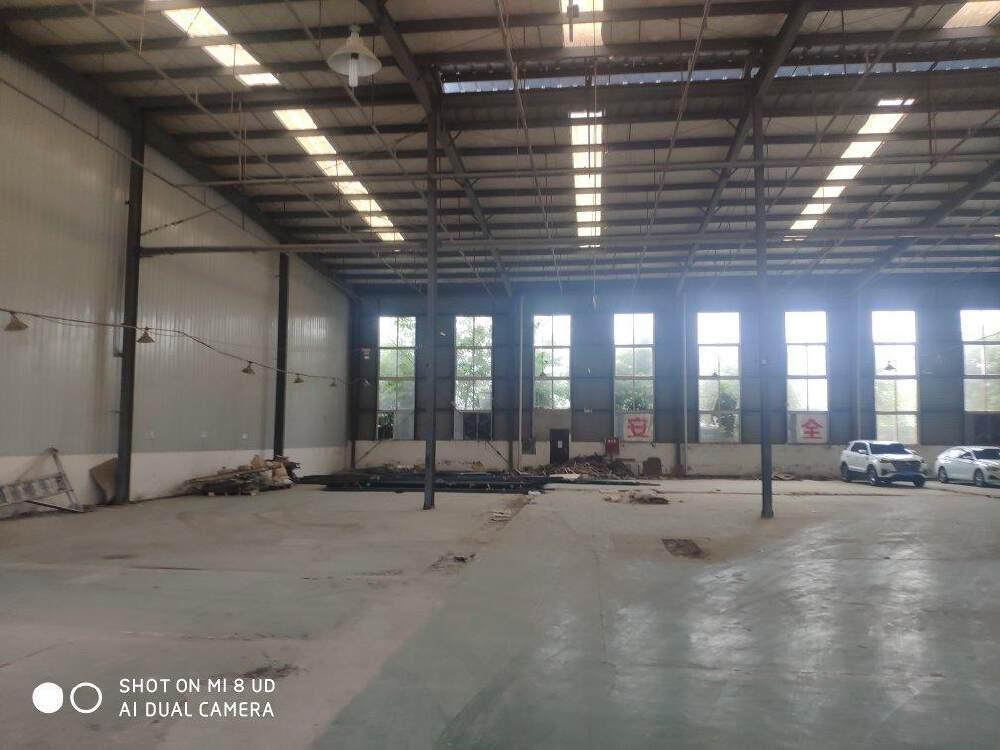 独门独院,3800平,优质厂房,大车进出方便