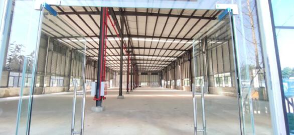 1100㎡单层钢结构,层高12米,带五吨牛腿