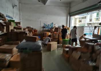 福永和平一楼400平米带物流铺位出租招租可进出货柜车图片2