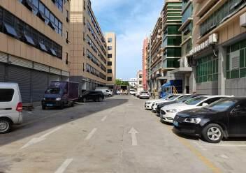 福永和平一楼400平米带物流铺位出租招租可进出货柜车图片3