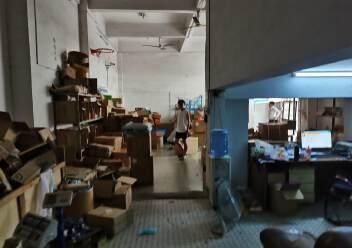 福永和平一楼400平米带物流铺位出租招租可进出货柜车图片4