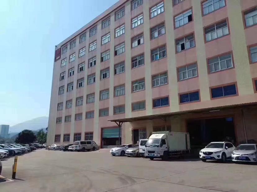 观澜原房东一楼厂房2600平出租,可分租适合仓库物流重工厂房