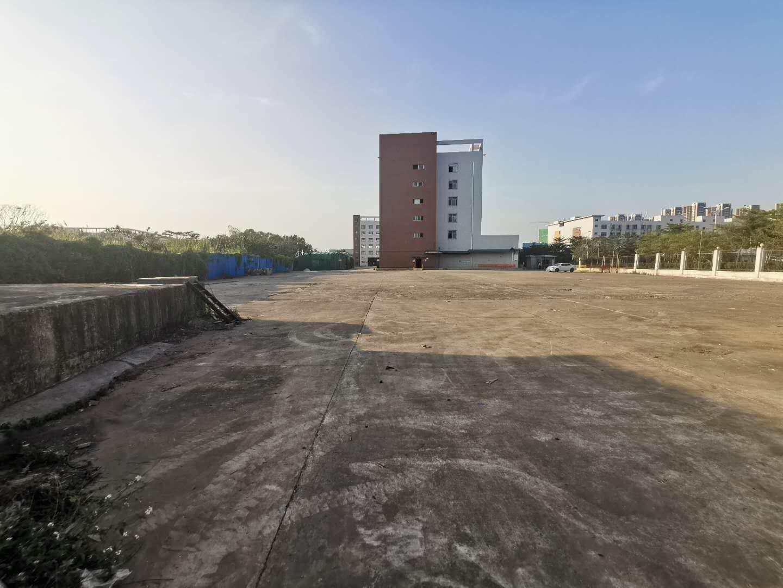 深圳市龙岗区布吉南湾街道高速路口超大空地工业园红本厂房出售