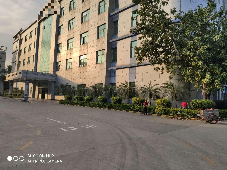 深圳龙岗布吉南湾街道高速路口超大空地工业园原房东红本厂房出租