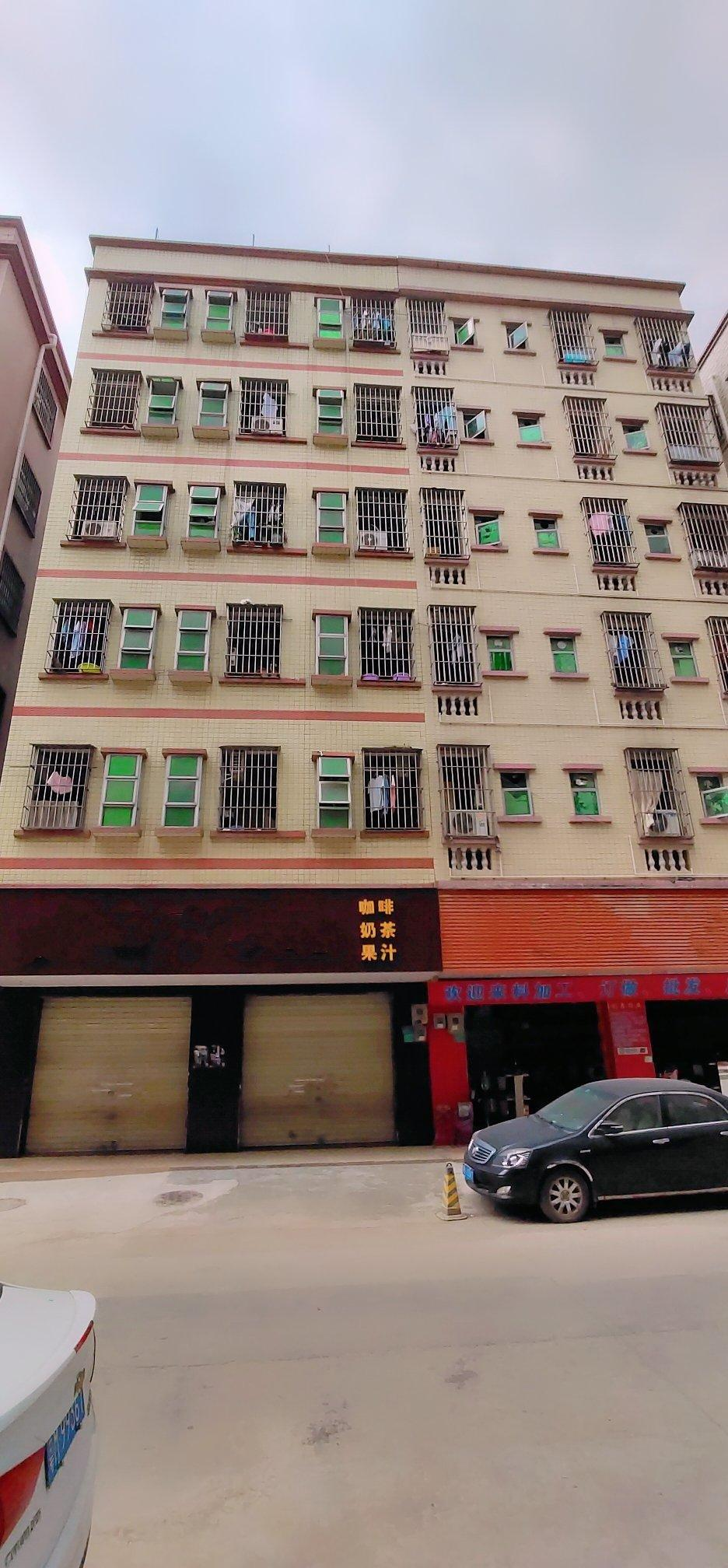 出售深圳市观澜永久性整栋厂房,自用与投资均可!
