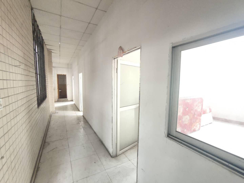 江门蓬江区荷塘镇新出独门独院4500平米红本单一层厂房出租