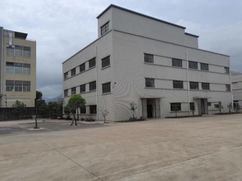 广东省粤北地区红本工业厂房出售占地45亩建筑12000平方米