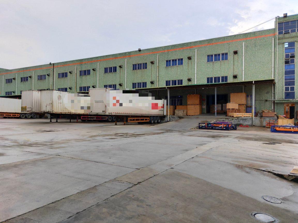 沙井新桥高速路口附近新出一楼物流仓库2500平方厂房出租