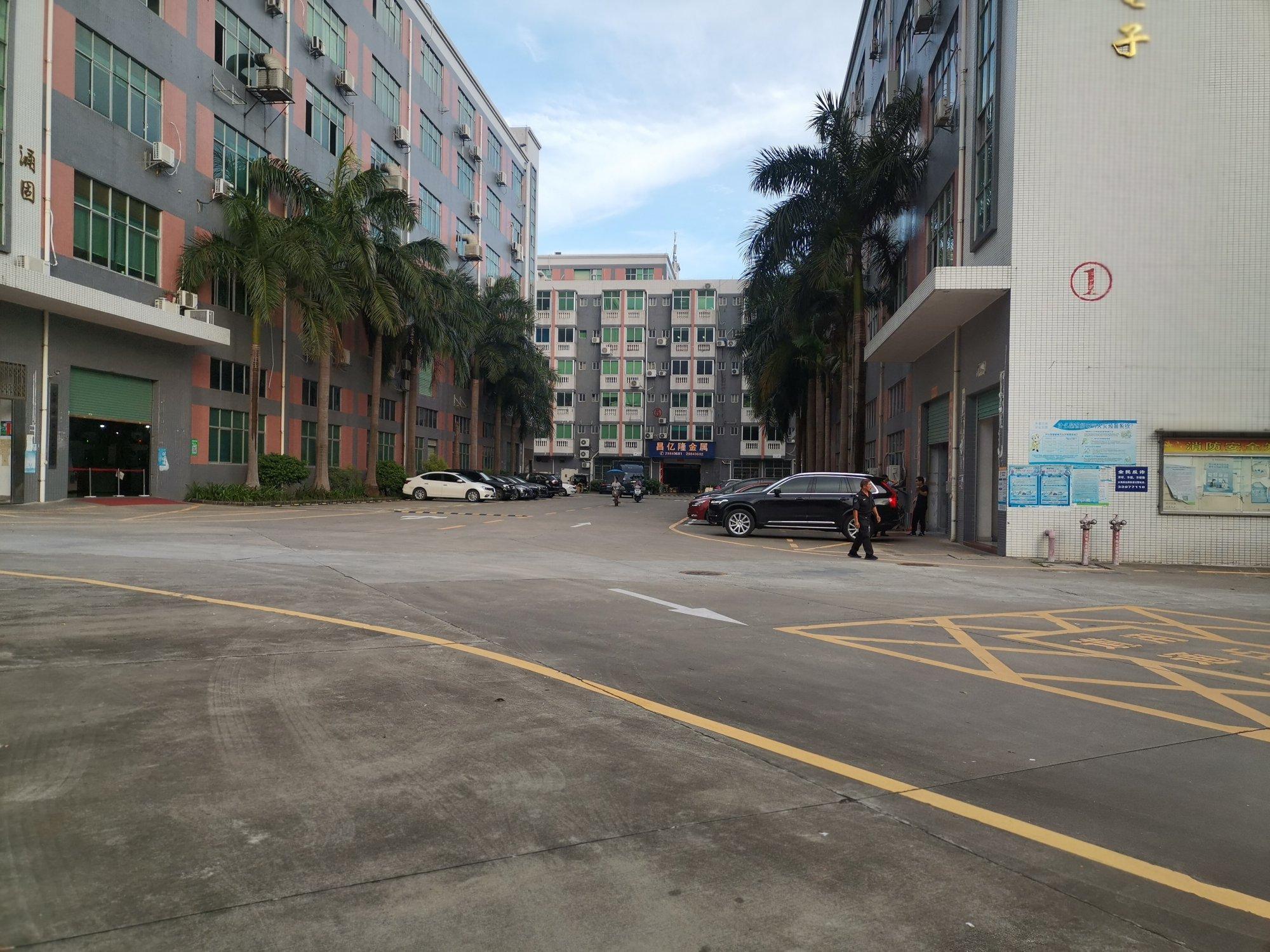 龙华汽车站附近新出二楼整层精装修厂房办公室仓库550平出租