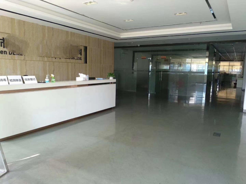 平湖华南城地铁口新出一楼7米高3200平米厂房仓库出租