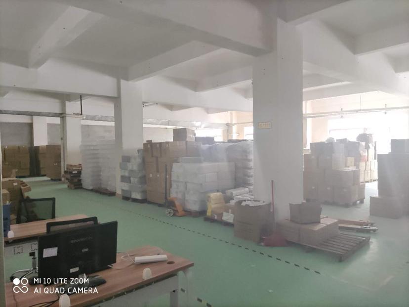 深圳市龙岗区原房东标准厂房出租600平形象好精装修地坪漆