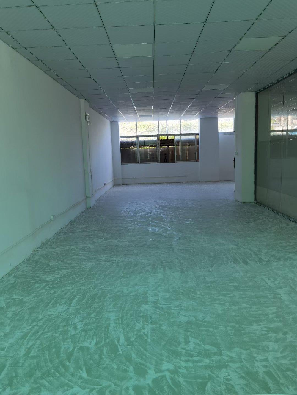 坂田雅园路厂房一楼125平出租可办公仓库