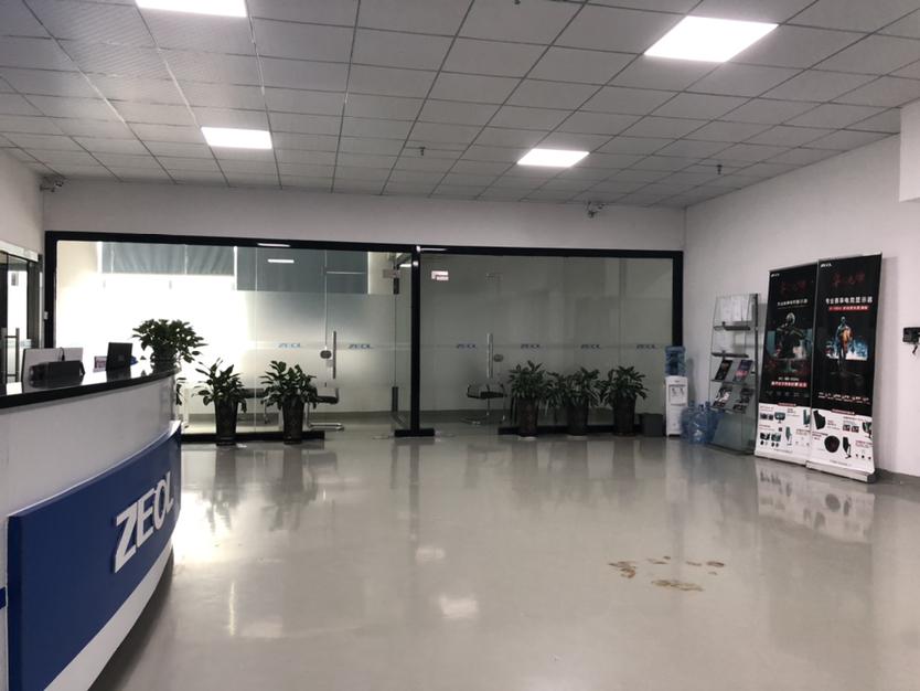 观澜库坑工业园专用仓库厂房电梯直达门口