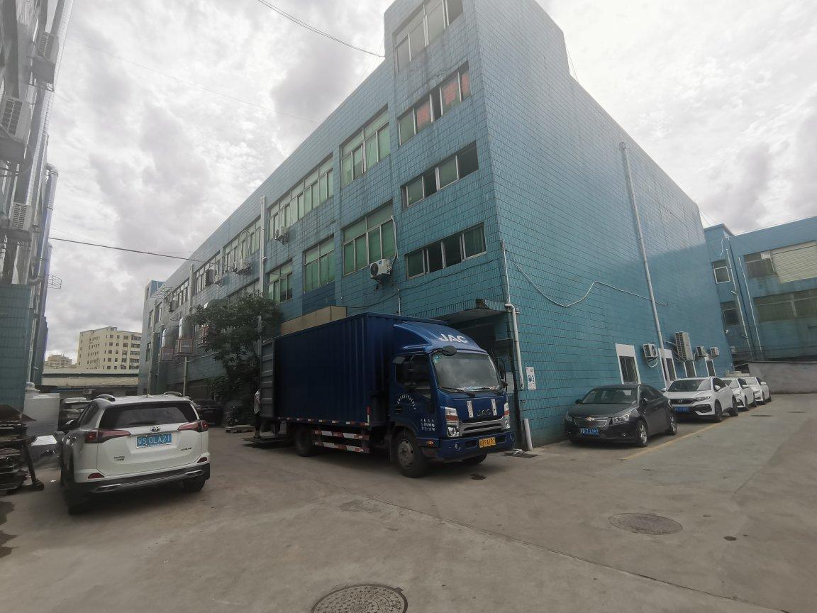观澜福民龙观快速边楼上带装修水电齐全面积1200平米厂房仓库