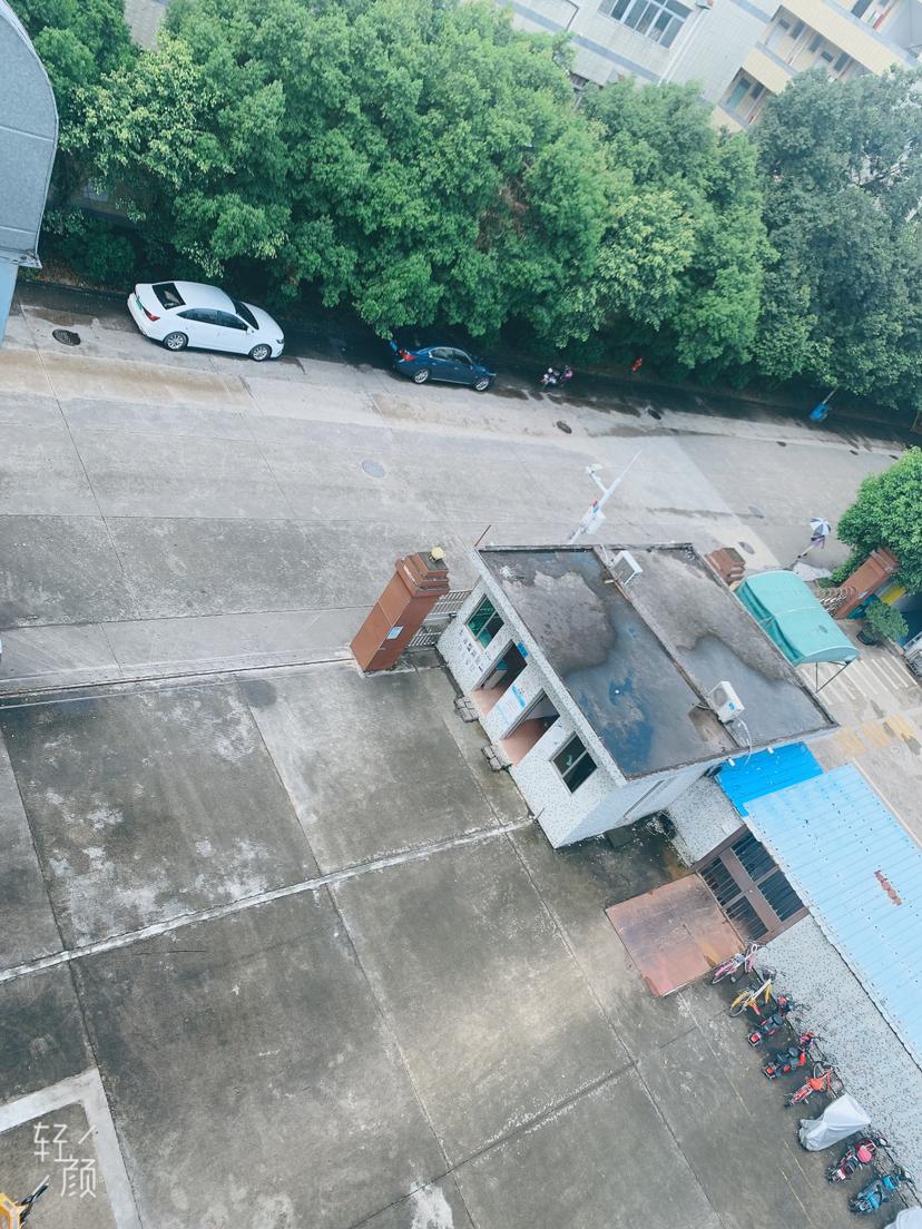 龙岗坪地独院1500平高5米原房东红本仓库厂房出租200起租