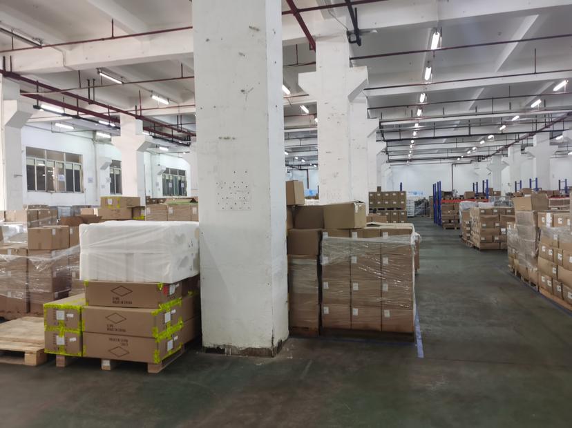龙岗1000平高6米原房东仓库厂房出租注塑模具200起租分租