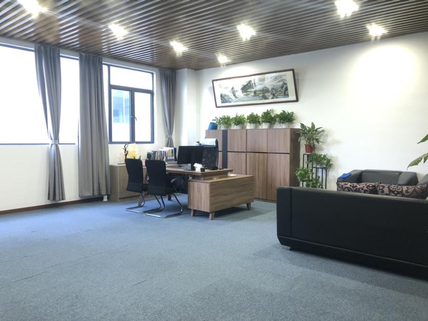 深圳市龙岗爱联地铁站整层办公室出租带家具家电拎包入住停车方便