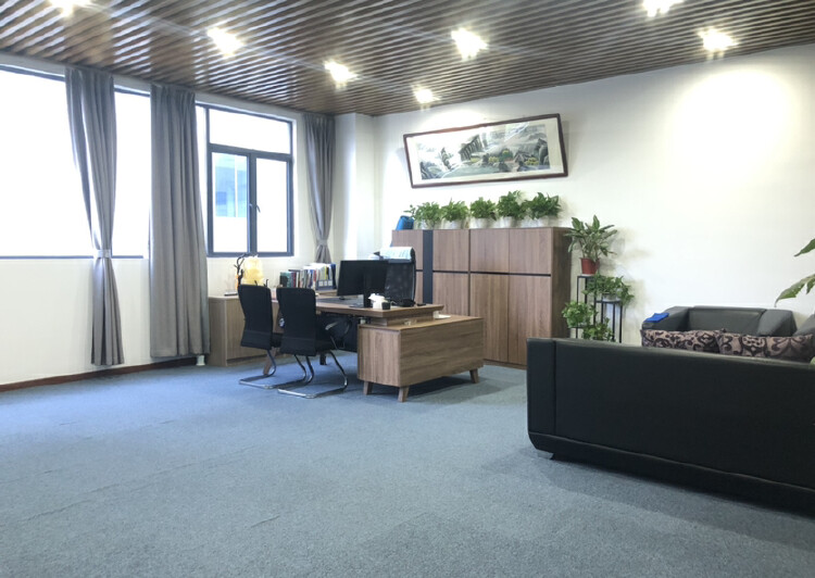 深圳市龙岗爱联地铁站整层办公室出租带家具家电拎包入住停车方便3