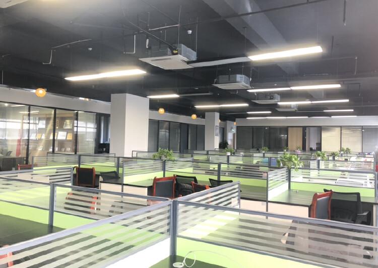 深圳市龙岗爱联地铁站整层办公室出租带家具家电拎包入住停车方便5