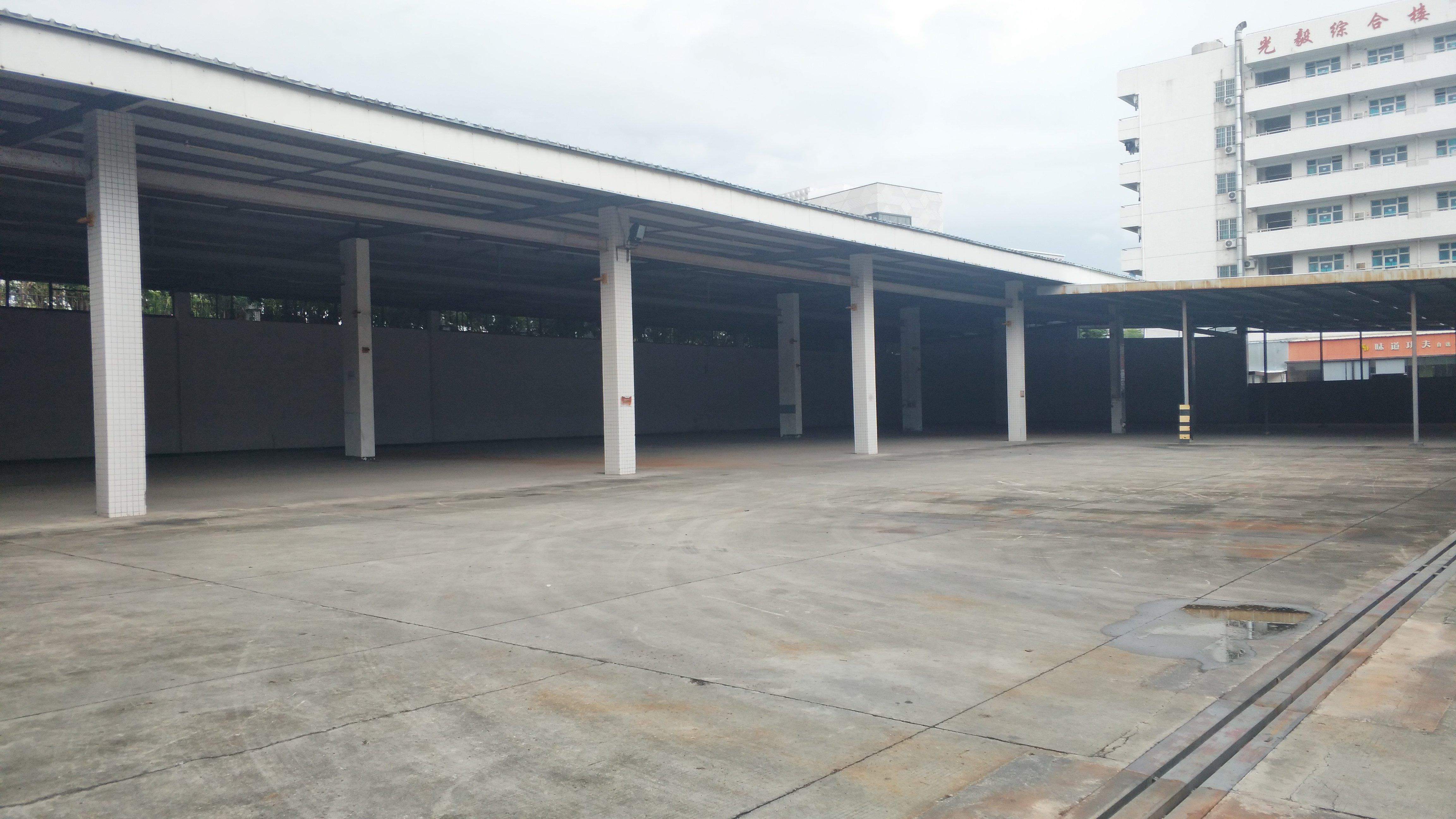 一楼独院厂房仓库4600平方招租独立管理实用率高高速出口
