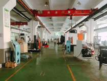 松岗燕川原房东厂房一楼2400㎡,高6米带牛角有行车水电到位