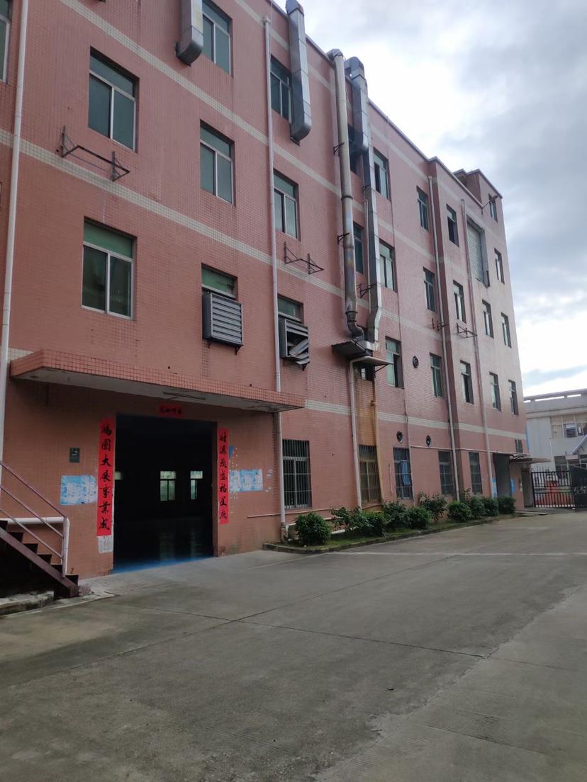 龙岗坪地独院4800平高6米原房东红本仓库厂房出租200起租