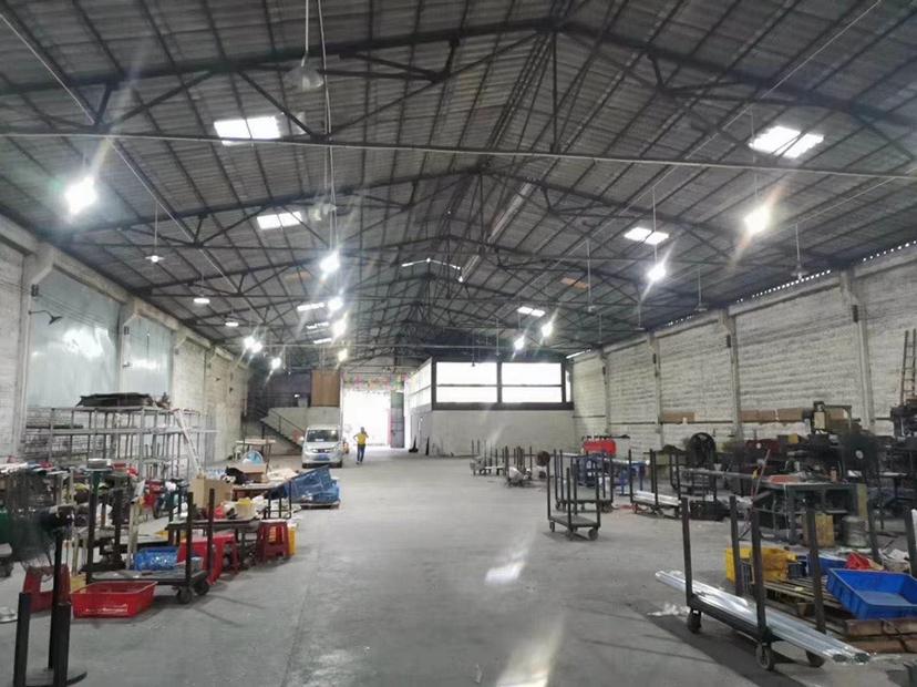 大沥广云路兴泰物流园附近1530方厂房仓库出租。车间1230