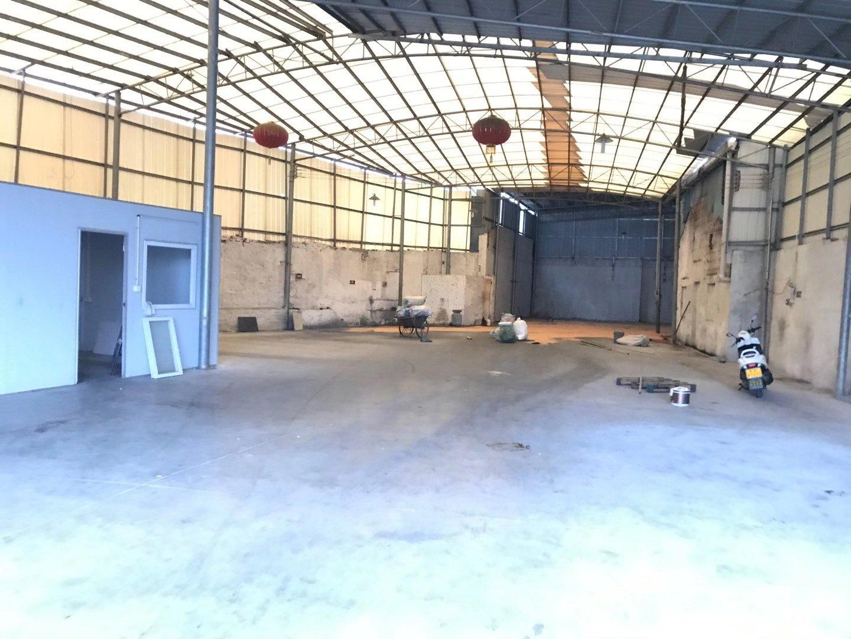 凤池附近720方已搬空,只需15元,适合仓库和铝门窗行业