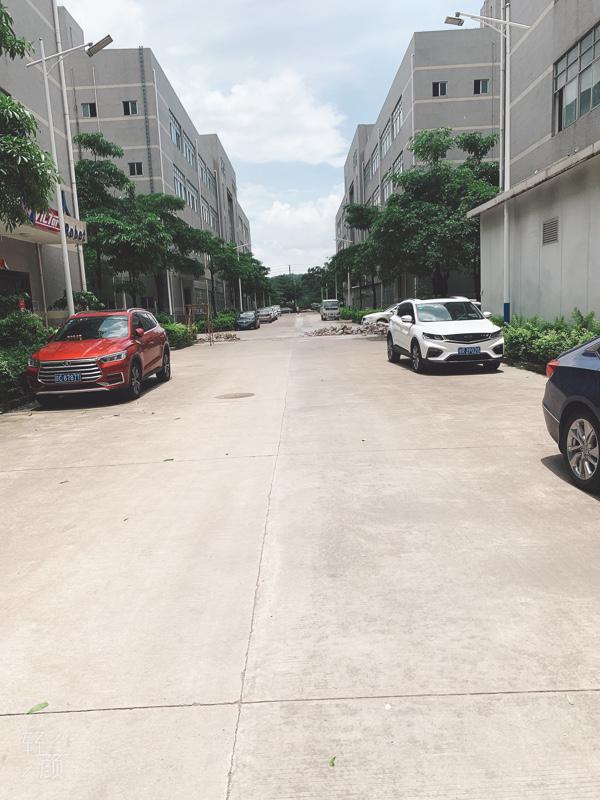 宝安沙井一楼3000平高6米原房东红本仓库厂房出租200起租
