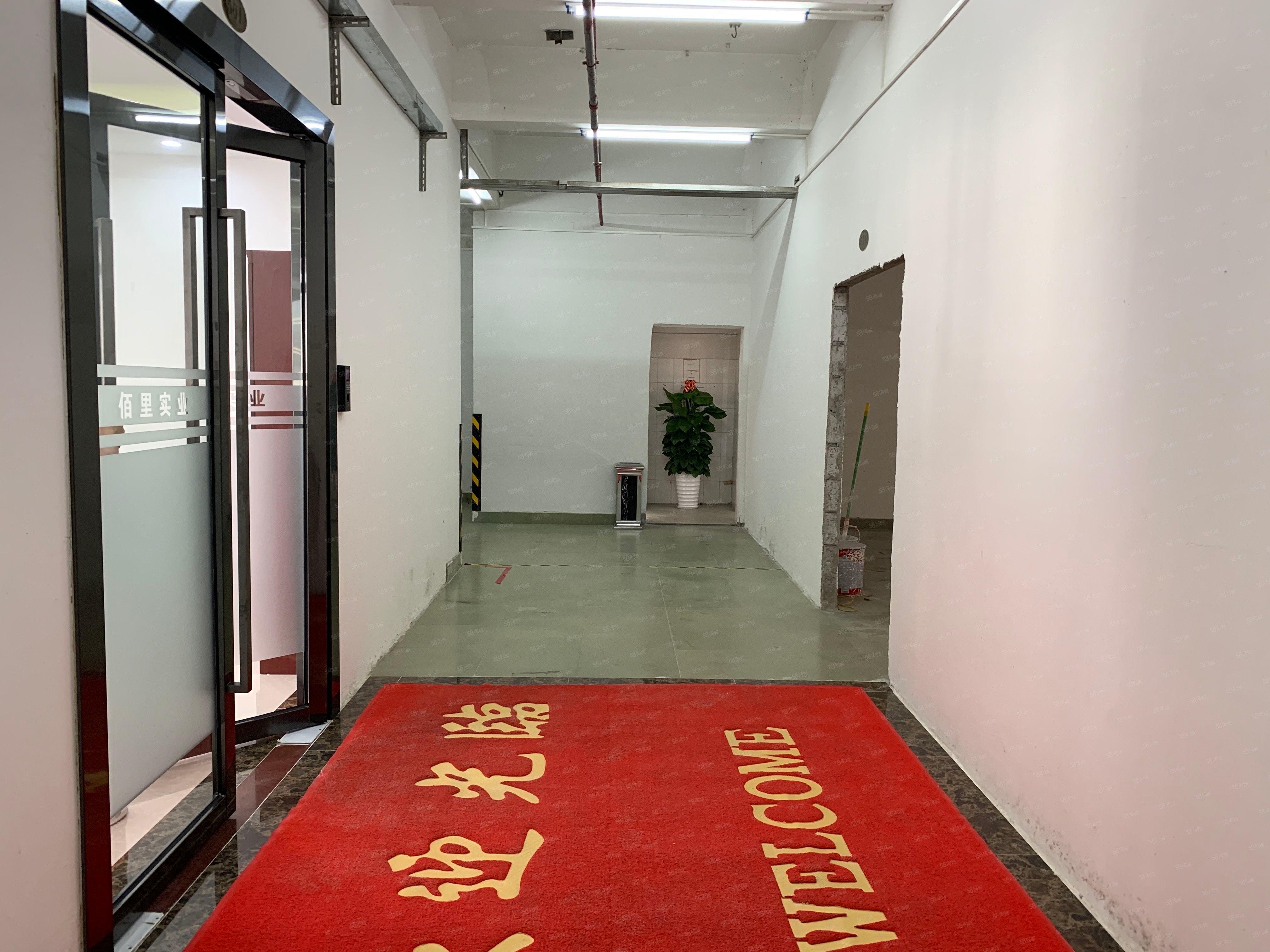 坪山周边电商仓库或生产横岗六约红本厂房出租980平可定制装修