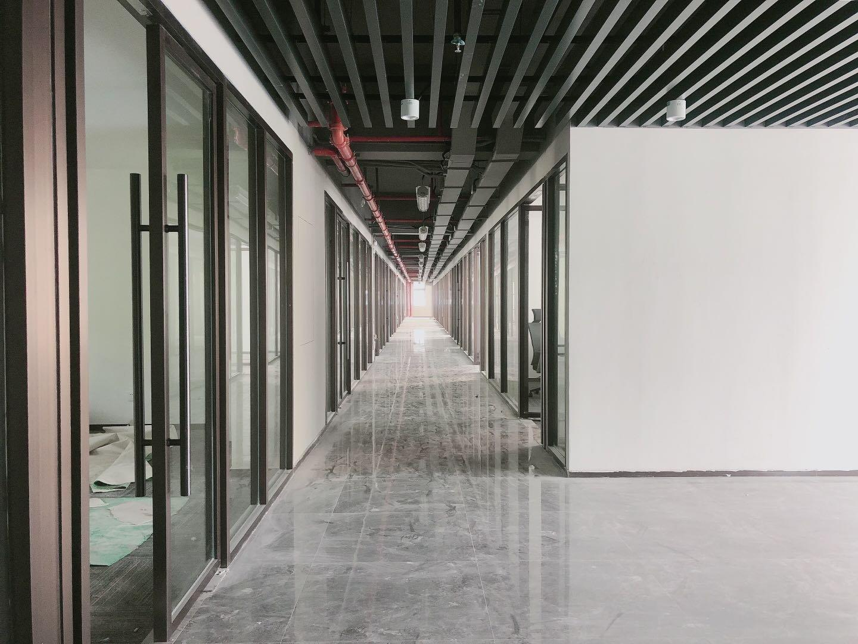 西乡固戍新装修厂房大小可分租:仓库电商办公轻加工适合行业