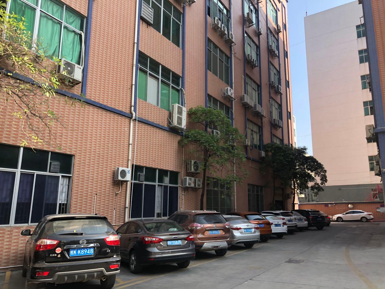 龙华大浪红本厂房仓库5500平原房东实际面积出租分租空地大