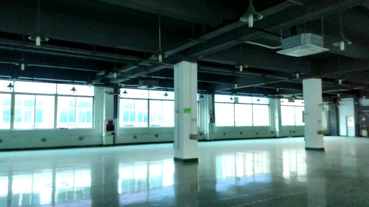 龙华大浪红本厂房仓库12000平原房东实际面积出租分租空地大