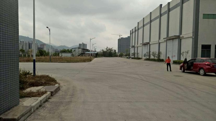 坪山坑梓大工业区原房东60000平16米高仓库厂房出租