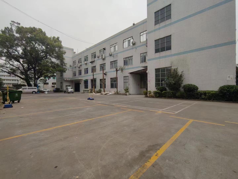 龙华观澜红本厂房仓库1900平原房东实际面积出租分租空地大