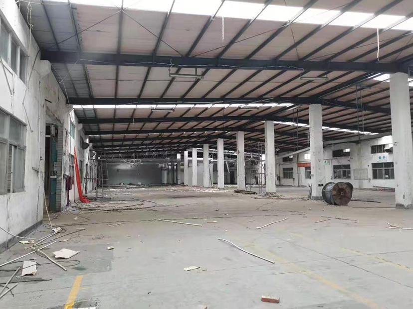 布吉地铁口5000平7米高厂房仓库出租