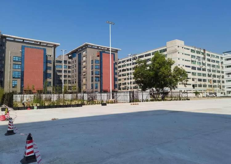 宝安福永大型工业园10000平原房东独院厂房仓库出租可以分租