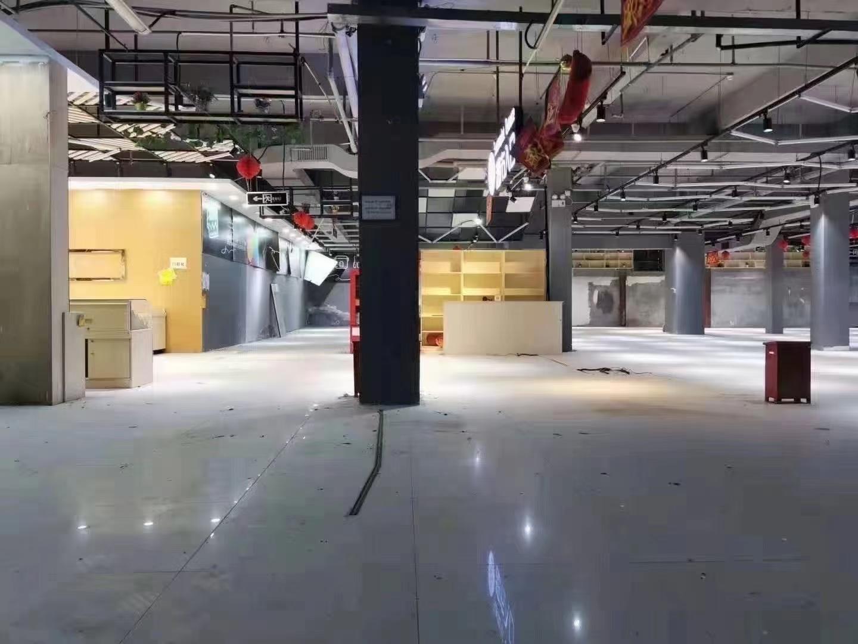 观澜龙观快线附近,新出一楼1500平米报价15块,只做仓库